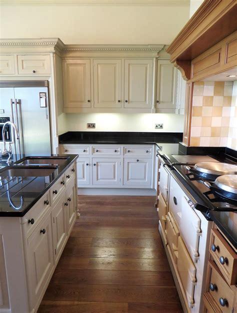 Diy Kitchens Wakefield by Smallbone Kitchen Repaint Wakefield Traditional Painter