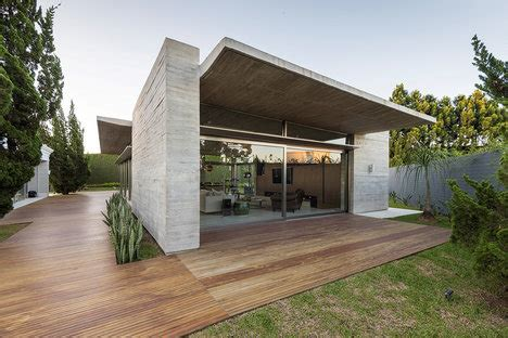 icon 3d printed house | uncrate