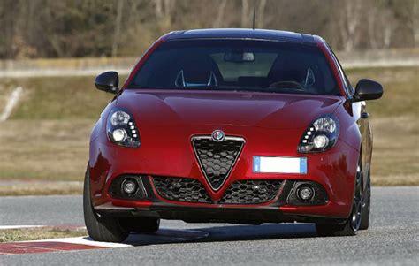 Alfa Romeo Giulietta Dodge Dart by Nuova Giulietta 2019 Veloce Citroen Ds4 Vs Vs Dodge Dart