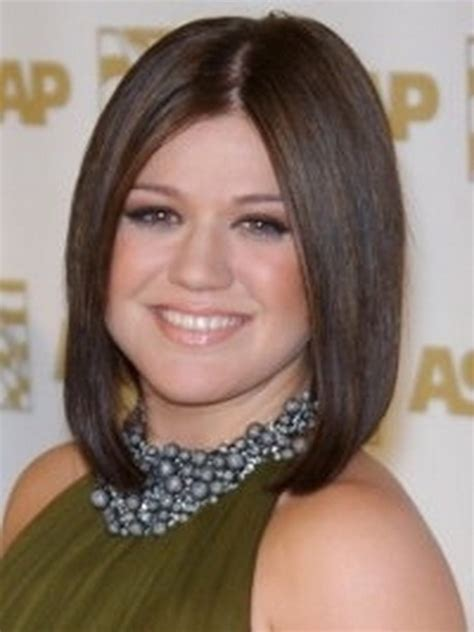 haircuts that slim wide faces face slimming haircuts