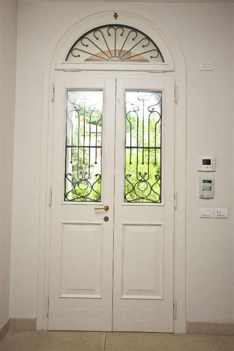 porte con arco porta di ingresso bicolore verde e bianco ad arco con