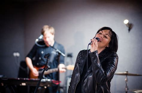 martine mccutcheon first song martine mccutcheon returns with new music and a tv gig