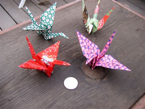 How To Make Japanese Paper Cranes - summer s bedroom style paper cranes 500 days of