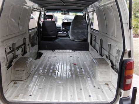 toyota hiace interior 2000 toyota hiace interior fit out boostcruising