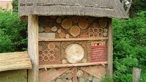 Wie Baut Ein Insektenhotel 3846 by Ein Insektenhotel Selber Bauen Bl 252 Hendes 214 Sterreich