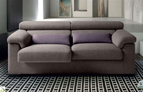 divano a due posti divano con poggiatesta reclinabile niloc arredo design