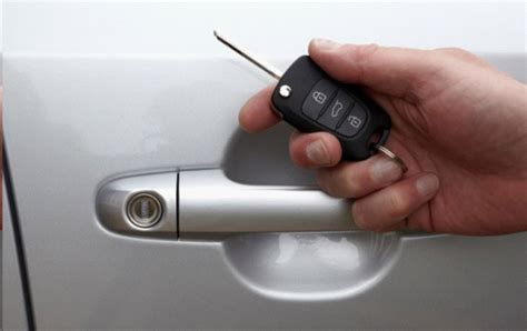 Ahli Kunci Semarang jasa ahli kunci immobilizer ahli kunci mobil jakarta