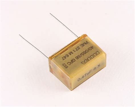 kapasitor rifa pme271m647k rifa capacitor 0 47uf 250v box cap radial 2020024117