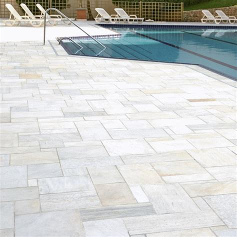 terrassenplatten quarzit dorado light spaltrau