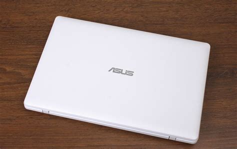 Asus Netbook X200 review of notebook asus x200
