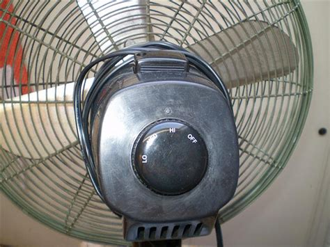 Holmes Hasf1710 16 Quot Oscillating Stand Fan Flickr
