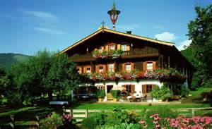Small Traditional House Design In Tirol Austria Proiecte De Case In Stil Austriac Frumusete De La Munte