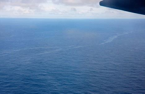 oil stains from air france flight 447 could prove plane