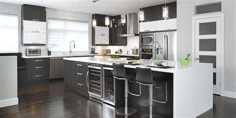 mod鑞e de cuisine 駲uip馥 206 lot de cuisine armoires cuisines