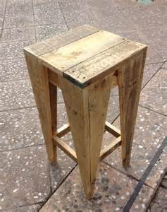 Diy Wooden Bar Stools Wooden Pallet Stool Plans Pallet Wood Projects