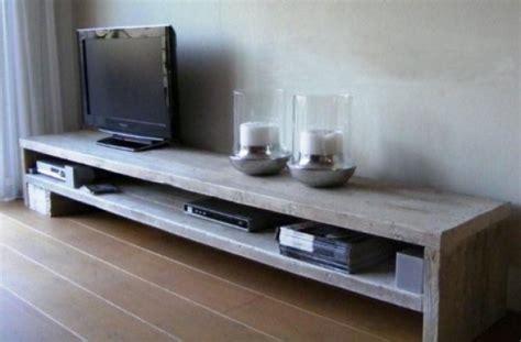ikea tafel laag laag tv meubel voor over de hele lengte van de woonkamer