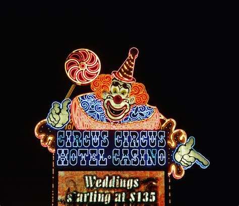 circus circus front desk 5 themed casinos in las vegas you must visit front desk tip