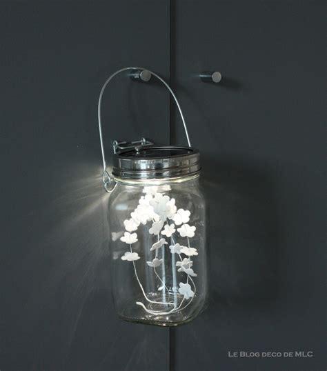 Beau Lampe Solaire Pour Jardin #3: lampe-baladeuse-solaire-deco-placard.jpg