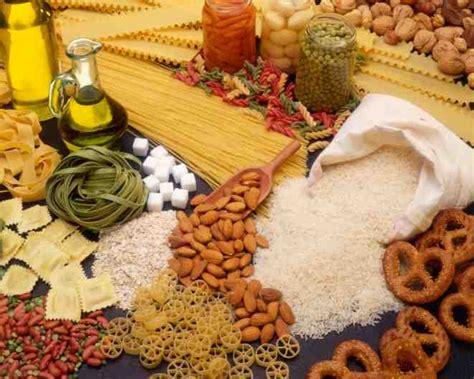 date di scadenza alimenti sprechi alimentari e data di scadenza errori e segreti
