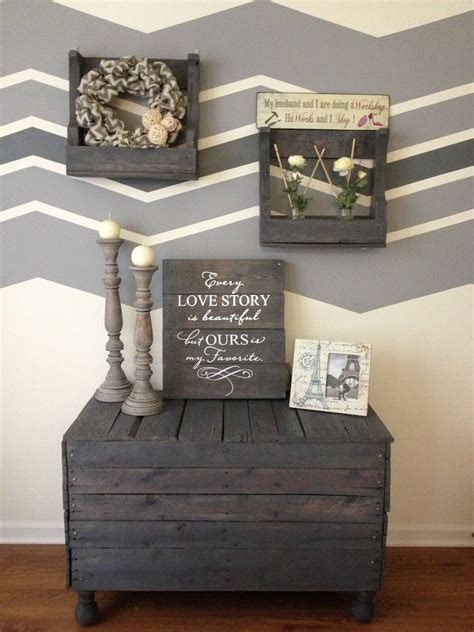 pallet crafts projects amazing diy projects to upcycle wooden pallets pallet