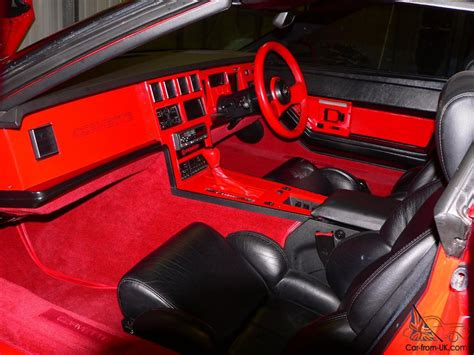 Custom Corvette Interior by Chicago Turbo Chevrolet Camaro Coupe La Voiture Promotionnelle 2017 2018 Best Cars Reviews