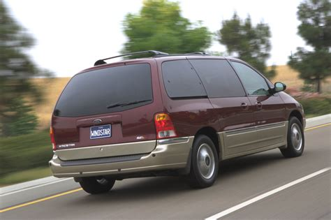 Ford Windstar 2000 by Ford Recalls 575 000 Windstar Minivans Rear Axle