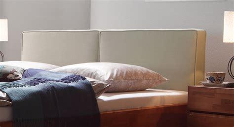 bezug kopfteil bett doppelbett massivholz mit kopfteil aus webstoff mit leinen