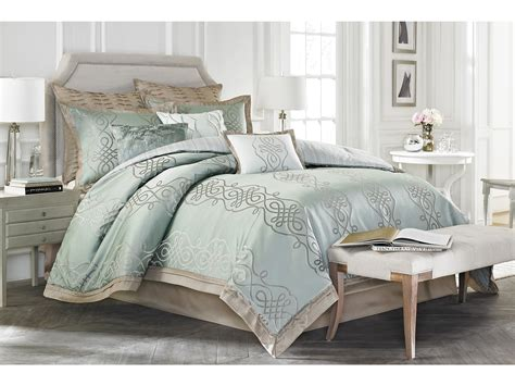 vince camuto bedding vince camuto copenhagan 4 piece comforter set cal king