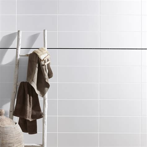 Basic L by Fa 239 Ence Mur Blanc Basic L 20 X L 50 Cm Leroy Merlin