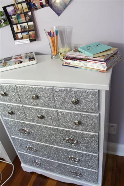 Diy Bedroom Dresser by 25 Best Ideas About Glitter Dresser On