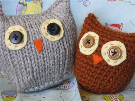 knitted owl pattern of stitches owls two ways free pattern
