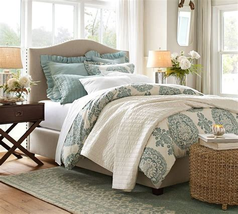 rugs under beds how to choose the right size rug for a queen bed diy
