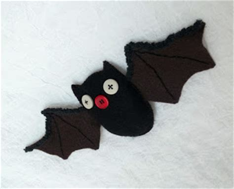 felt ghost pattern all things crafty free felt bat pattern for halloween