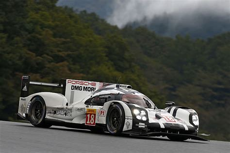 porsche 919 top view porsche 919 hybrid and 911 rsr rolling race labs as
