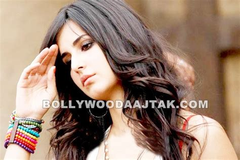 front hairstyle of katrina in mere brother ki dulhan cellebrity number one katrina kaif dhunki stills
