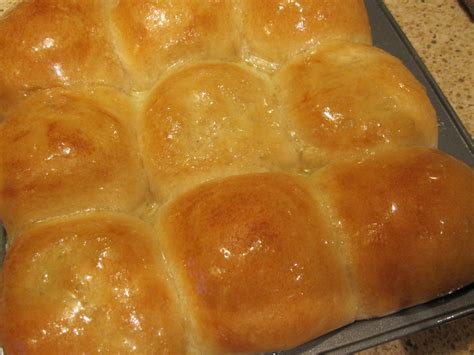 sweet and buttery yeast rolls recipe dishmaps