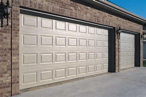 Residential Overhead Garage Doors Residential Overhead Garage Doors Christie Overhead Door