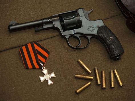 wallpaper 4k gun military batch with bullets and gun 4k wallpaper hd