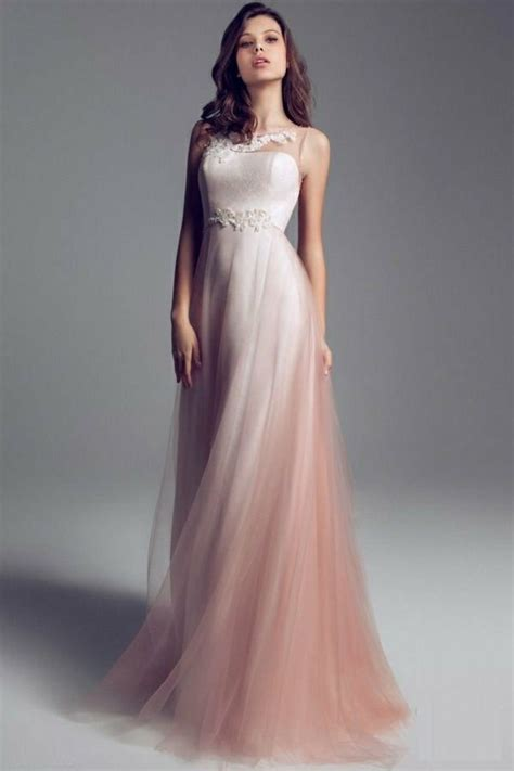 brautkleid farbig schlicht rosa brautkleid f 252 r einen 246 sen hochzeits look