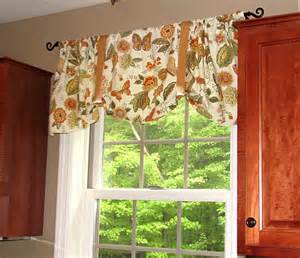 How To Make Kitchen Curtains How To Make One Hour Napkin Curtains Living Rich On Lessliving Rich On Less