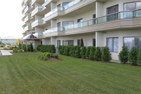2 bedroom apartments woodstock ontario lakeside estates iv woodstock ontario drewlo holdings