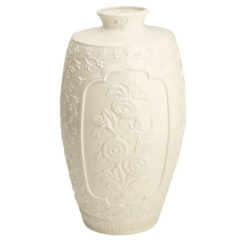 Open Vase by Mottahedeh Chinnoise Open Vase
