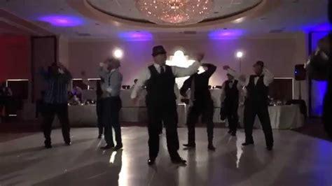 Wedding To Uptown Funk by Groomsmen To Uptown Funk Doovi