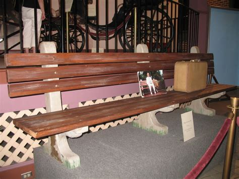savannah history museum forrest gump bench 23 secrets about forrest gump you never knew about page