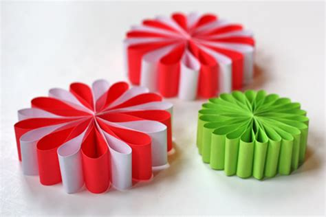 Paper Decorations To Make - 20 diy decorations and crafts ideas