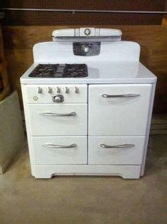 craigslist kitchen appliances how to paint vintage appliances retro kelvinator fridge