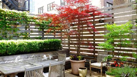 Climbing Plants on Balconies, Patios and Decks ? Screening