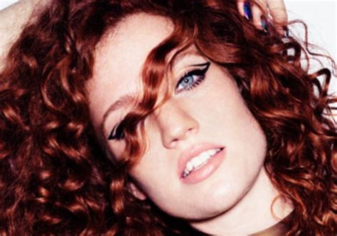 jess glynne n singer jess glynne opens up about relationships with women
