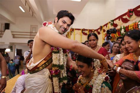 actor ganesh venkatraman wife ganesh venkatraman and nisha marriage photos