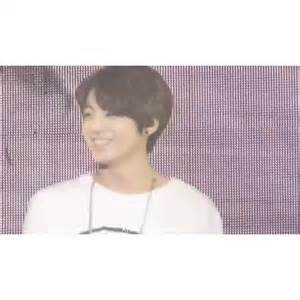 """watch jungkookah's vine """"jungkook being cute for my bud bc"""